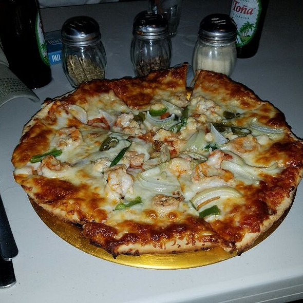 Pizza Marinera @ Colorstone Restaurant