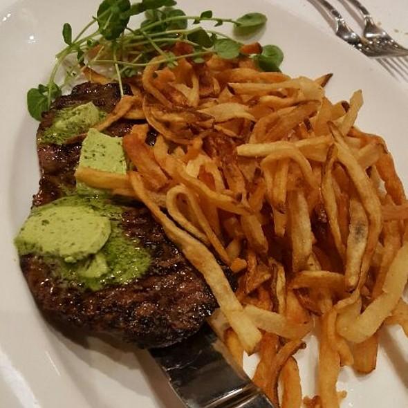 Steak Frites @ Mon Ami Gabi