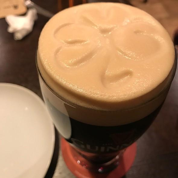 ギネス @ Beer Bar The Pint