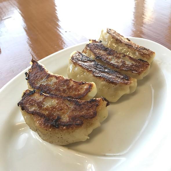 餃子揚げ(Fried Gyoza) @ 永福拉麺