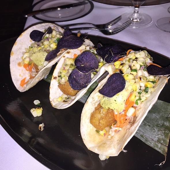 Crispy Fish Tacos @ The Hermitage Inn