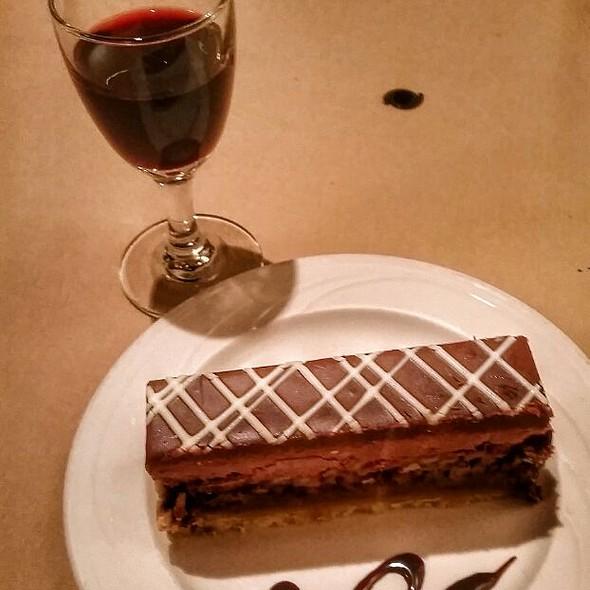 Chocolate pecan gateau  @ Cottage Place Restaurant