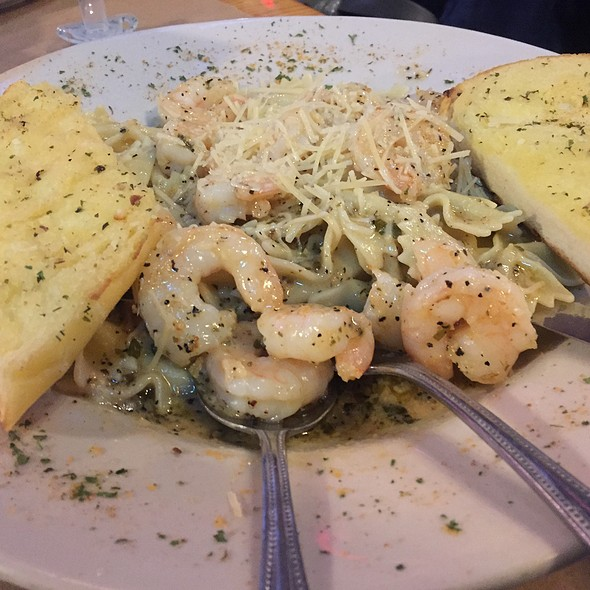 Shrimp Scampi @ Pinchers