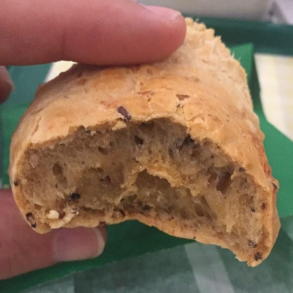 Muktigrain Cheese Bread