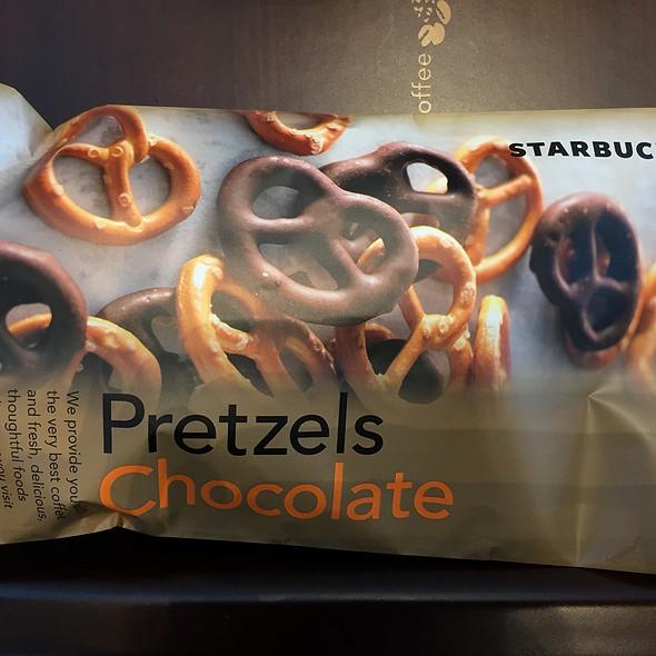 チョコレートプレッツェル