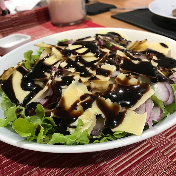 Pear, Onion And Parmesan Salad With Balsamic Glaze @ Chookys