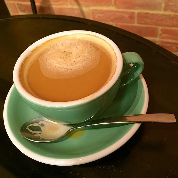 Long Black @ Ollie Cafe
