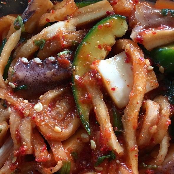 Seasoned Boiled Squid