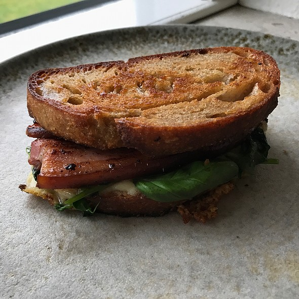 Grilled Sandwich With Mature Cheddar, Bacon And Herbs
