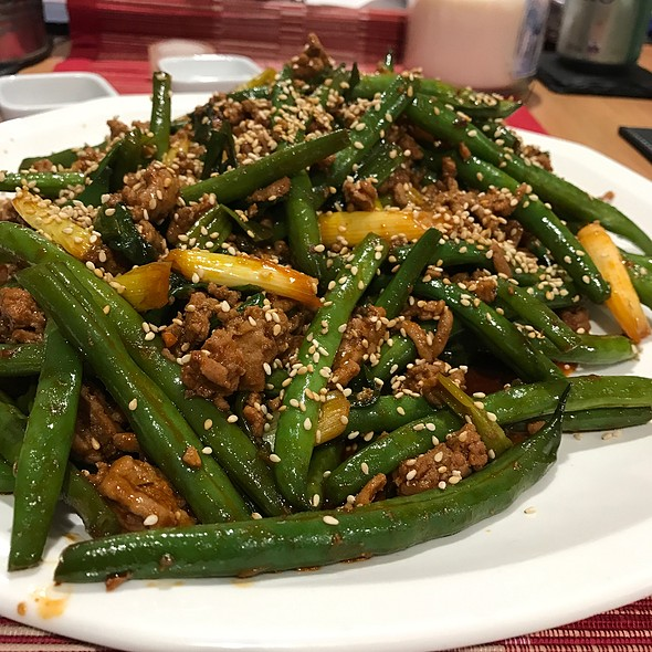 Spicy Green Beans And Turkey Mince @ Chookys