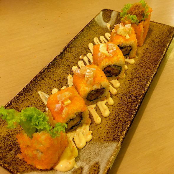 Fiery Oyster Roll @ Sushi Zanmai - Komtar JBCC