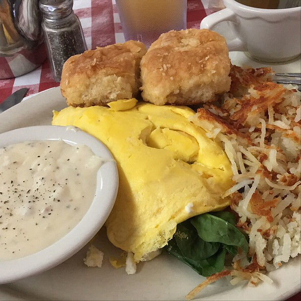 Omelette, Biscuit & Sausage Gravy & Hash Browns