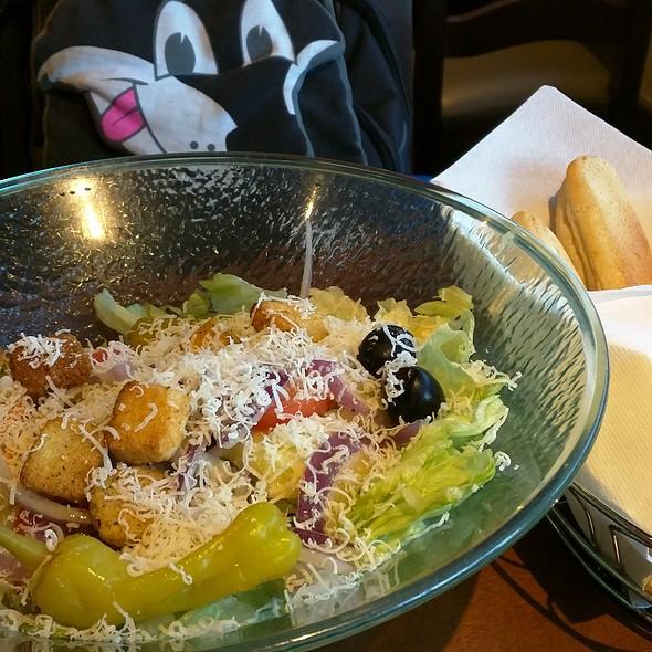Salad and Breadsticks @ Olive Garden