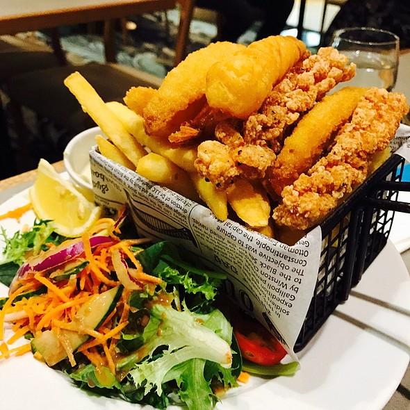 Seafood Basket @ Kedron-Wavell Services Club