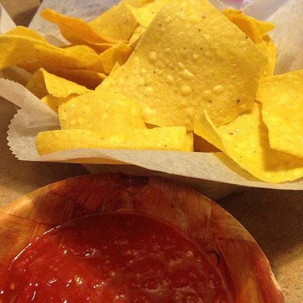 Chips & Salsa @ Dos Margaritas Mexican Grill