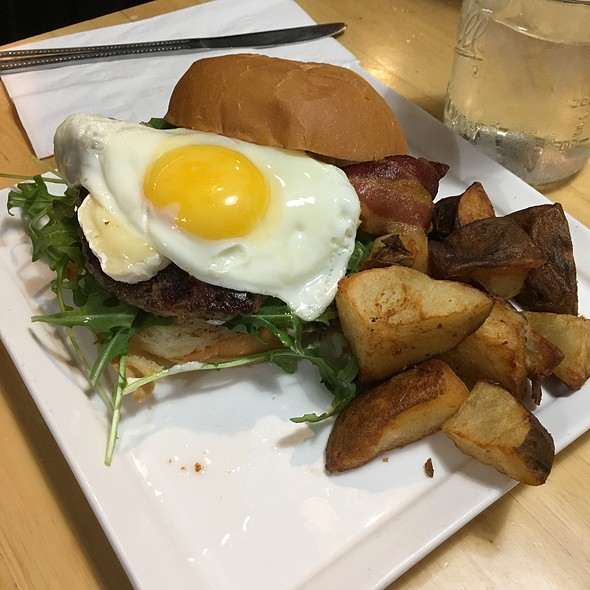 Breakfast Burger @ Bacon & Butter