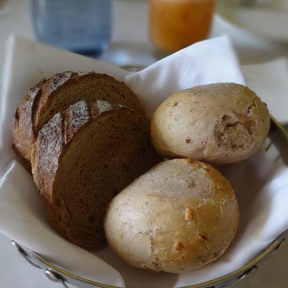 Bread Basket @ THE GARDEN (SOFITEL SINGAPORE SENTOSA RESORT & SPA)
