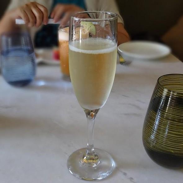 Champagne @ THE GARDEN (SOFITEL SINGAPORE SENTOSA RESORT & SPA)