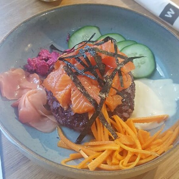 Trout Poke Bowl @ Woolworths - Mall of Africa