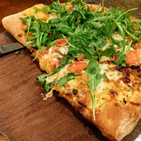 BLT Pizza @ Wood Boat Brewery