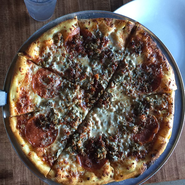 The Meats Pizza