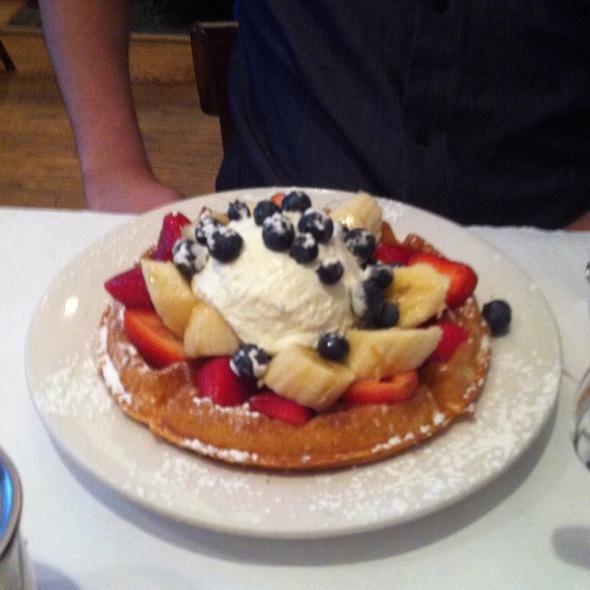 Belgian Waffle @ Tre Kronor