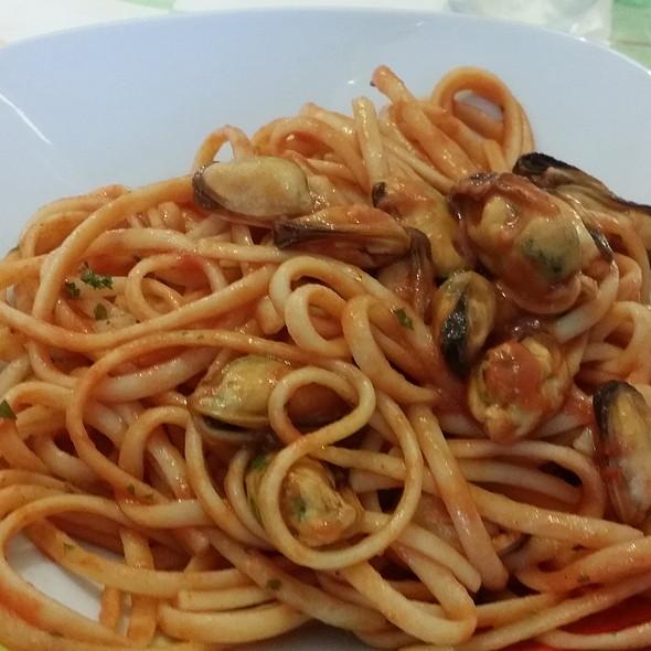 Linguine Alle Cozze @ Casa Contardi
