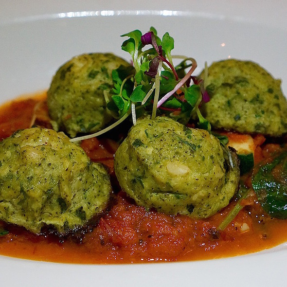 Broccoli meatballs, wilted spinach, zucchini, roasted tomato sauce, parmesan @ Lake Austin Spa Resort