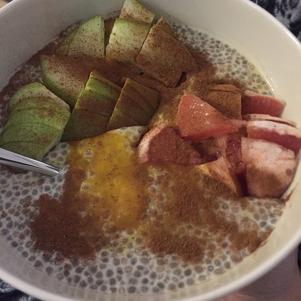 Chia Pudding With Pumpkin Puree