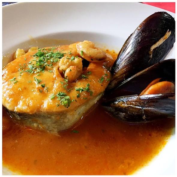 Lluç A La Marinera @ Restaurant La Cirera