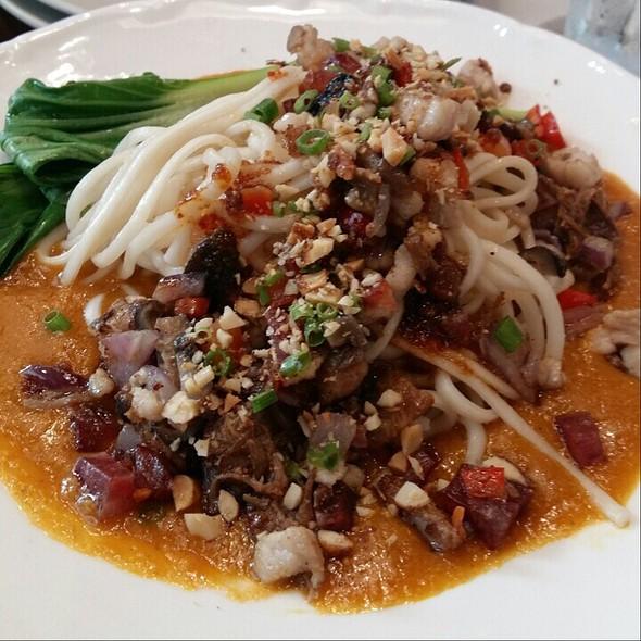 Asian fusion noodles