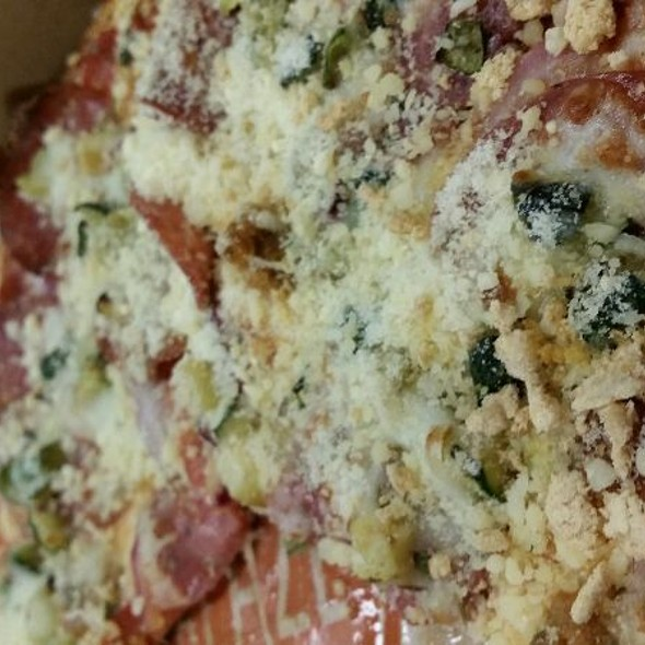 Make Your Own Pizza @ Blaze Pizza