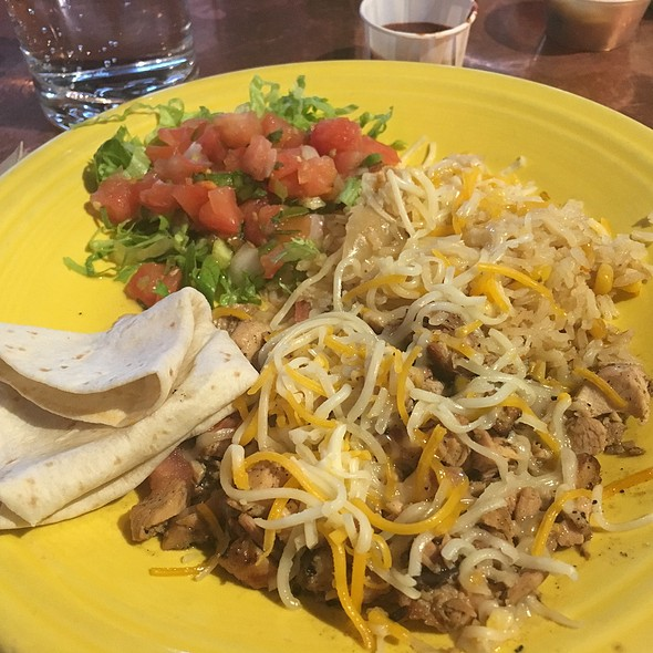chicken and rice platter @ Dos Coyotes Border Cafe