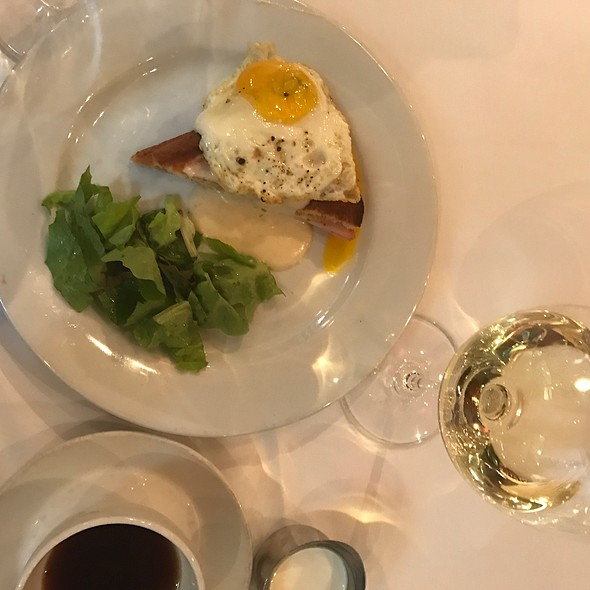 Croque Madame @ Blue Restaurant & Bar