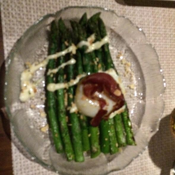Asparagus Salad @ DISTRICT