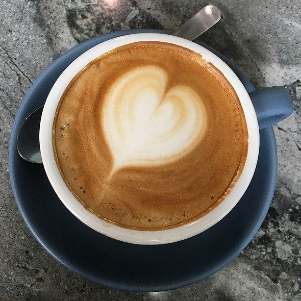 Flat White @ The Daily Roundup
