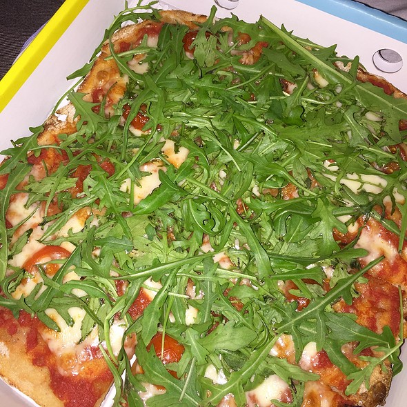 Bufala Mozzarella with Rucola and Cherry Tomatoes