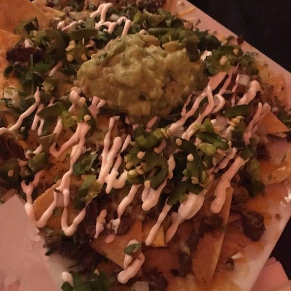 carne asada nachos @ El Pescador