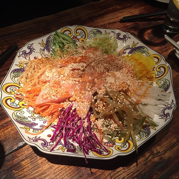 Traditional Chinese New Year Raw Seafood Salad
