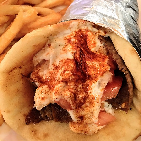 Gyro Sandwich With Fries