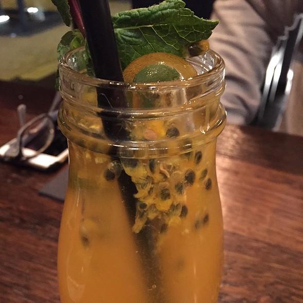Passionfruit Lemonade