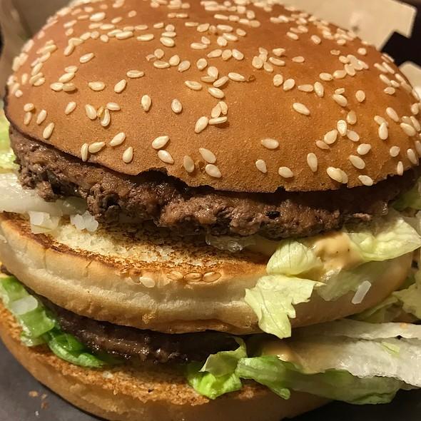 Grand Mac @ McDonald's