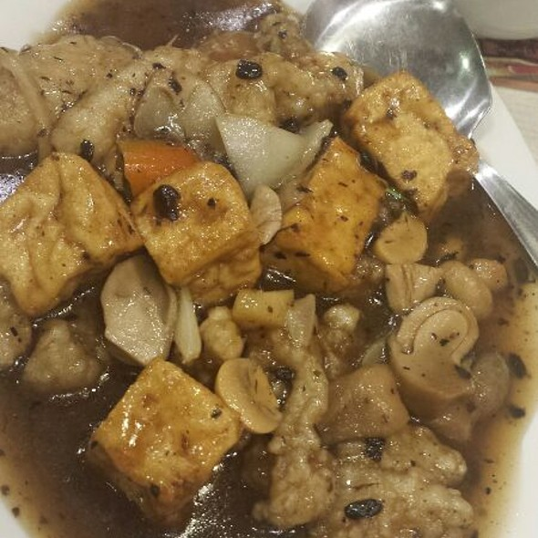 Fish Fillet with Tofu in Black Bean Sauce
