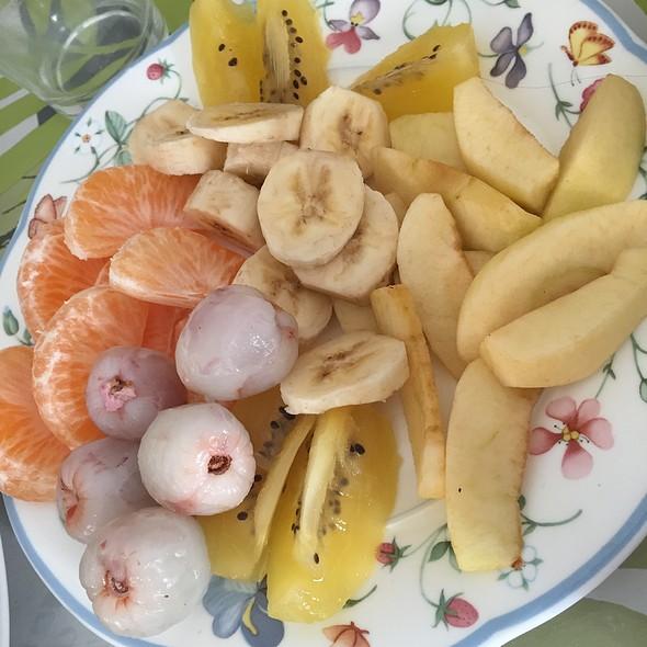 Fruits Platter @ Home Sweet Home Sir Aqua