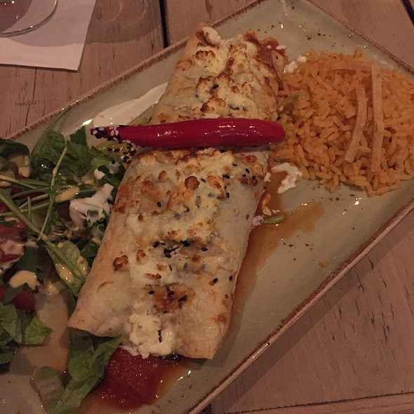 Burrito Con Queso Y Espinacha