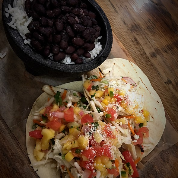 Grilled Fish Tacos @ Fishtaco