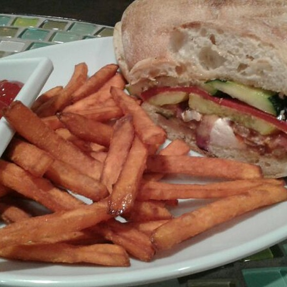 Vegetarian Sandwhich @ Rachel's Kitchen