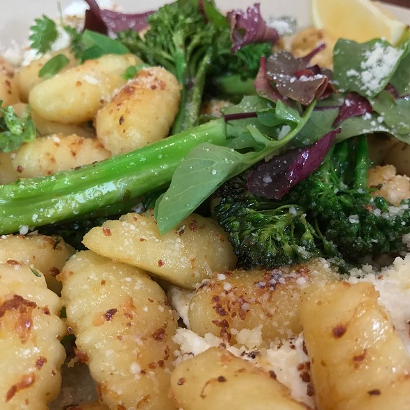 Pan Fried Gnocchi & Broccolini (Parmesan, Labne, Dukkah, Kale, Thyme And Lemon)