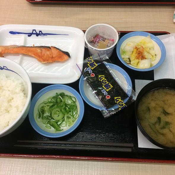 Grilled Salmon Morning Teishoku With Natto @ Matsuya Shisui PA