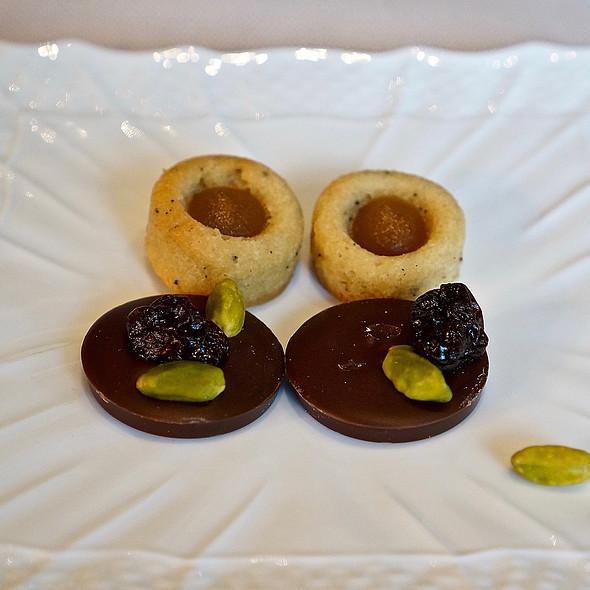 Mignardise –cherry pistachio chocolate mendiant, apricot tart